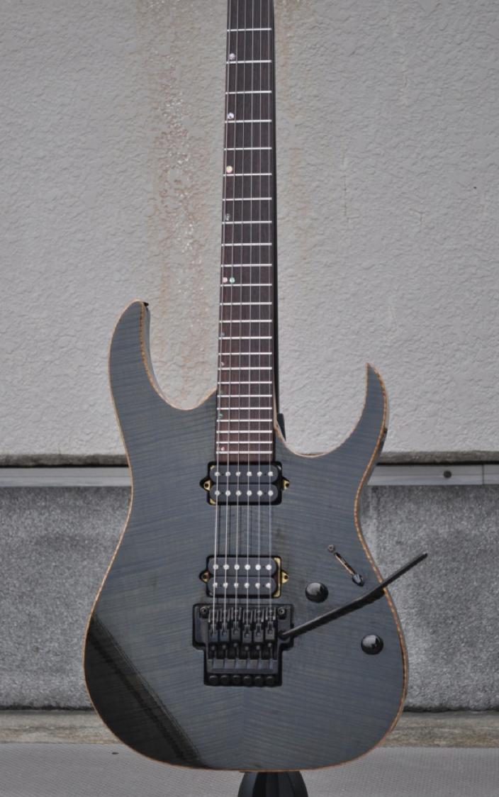 J-custom Rg1702