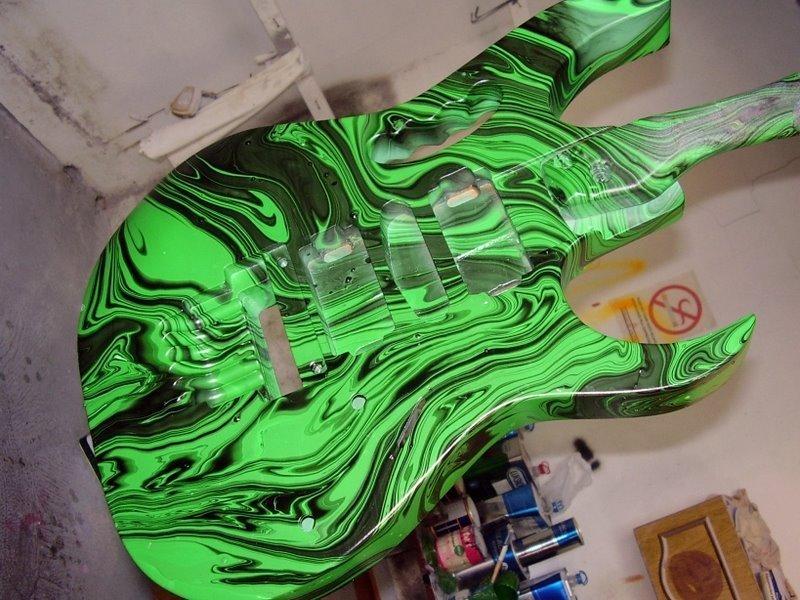 Restored Gmc By: Tubar�o Guitars